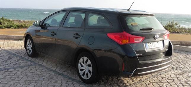 Toyota Auris billeje